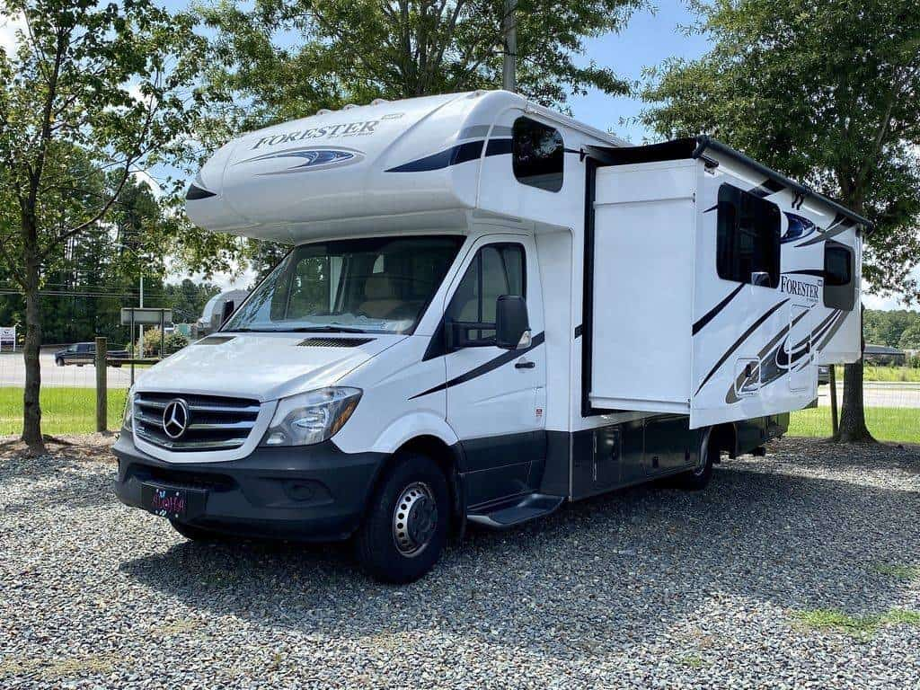 Forest River Forester Mercedes Benz 2401W